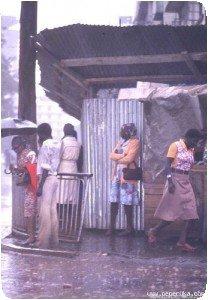 Nairobi sous la pluie (années 70)