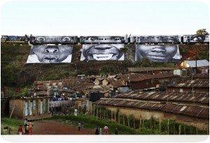 JR - Passage du train à Kibera