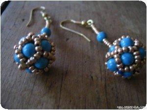 boucles turquoises