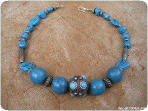 Collier fausse turquoise et perles indiennes