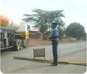 Barrières sur la route (roadblock)