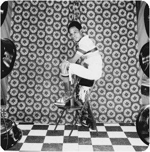 Samuel Fosso - Série autoportraits des années 70